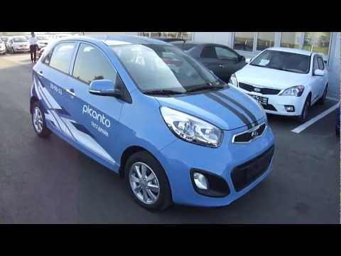 2011 Kia Picanto. Start Up, Engine, and In Depth Tour.
