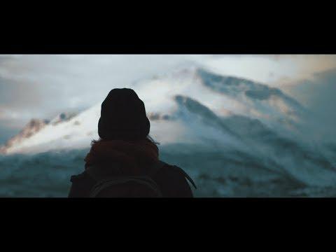 Crimson Peak – Mountainside