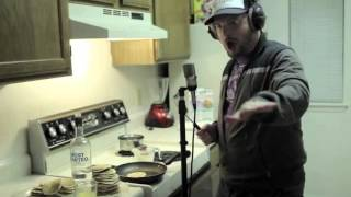Mac Lethal - Look At Me Now Freestyle