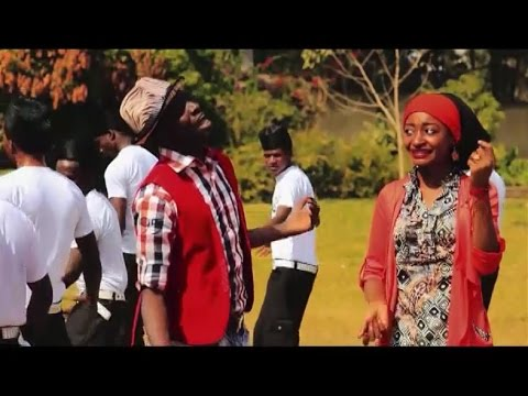 RAHAMA SADAU IN ACTION (Hausa Songs / Hausa Films)