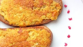 Смотреть онлайн Рецепт гренок с яйцом и картофелем на сковороде