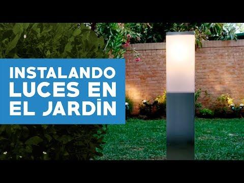 ¿Cómo instalar luces en el jardín?