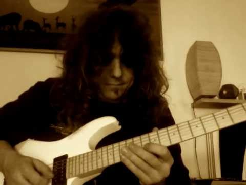 Roberto Vanni: 3 Notes Per String Blues Scale Sequence with Alternate Picking