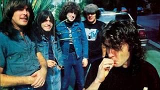 What's Next To The Moon (Español/Inglés) - AC/DC