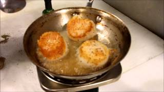 How to Sear Sea Scallops