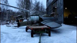 Запуск двигателя МиГ-15
