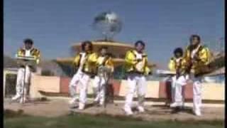 No Vales Nada - Grupo Corali  (Video)
