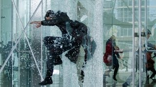 "Trailer ""Star trek into darkness"" (VF)"