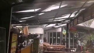 Atap Rasuna Garden Food Street Lepas akibat Hujan dan Angin Kencang