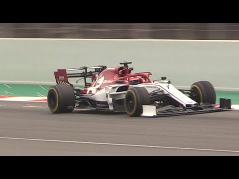 2019 Alfa Romeo Racing C38 V6 Sound in Action During F1 Tests at Barcelona