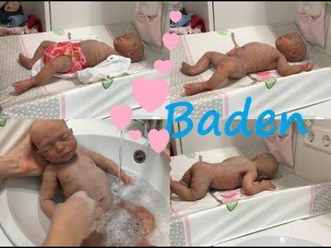 neues Baby   erstes Bad   Silikon Baby
