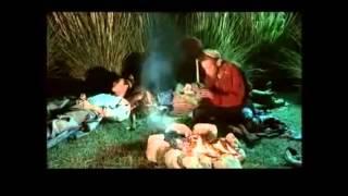 Turkmen prikol - Eshek Bilen At gürleshýä, :))) Degishmeler ( filmden bölek )