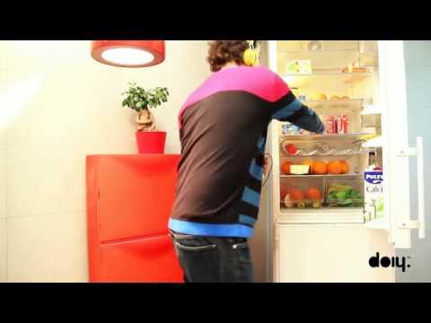 Kühlschrankaufkleber - Fridge Monster von Doiy