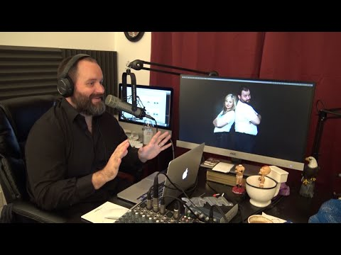"Tom Segura tells his dad ""Blonde Jokes"" and his reaction is priceless."