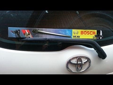 Toyota Auris Scheibenwischer wechseln Bosch H309 / rear window wiper how to change