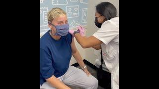 Ellen & Portia Get Their Covid Vaccines
