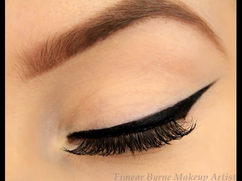 How to: Perfect Winged Eyeliner! (New Technique!)