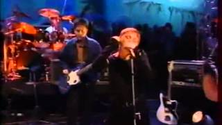 Cocteau twins    Summerhead  y  Carolyns Finger Later with Jools Holland 1994 HQ