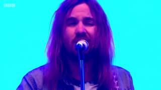 "Tame Impala ""New Person, Same Old Mistakes"" live Glasto 2016"