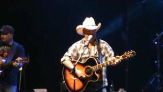Mark Chesnutt - Too Cold At Home.
