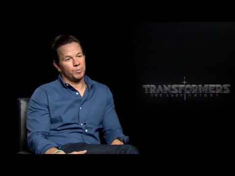 Mark Wahlberg talks McGregor/Mayweather fight, murdering Jack Reynor and Transformers explosions
