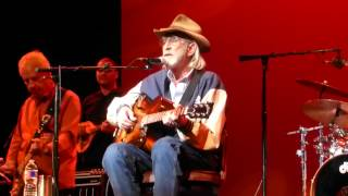 Don Williams - I Recall a Gypsy Woman (Houston 11.13.14) HD