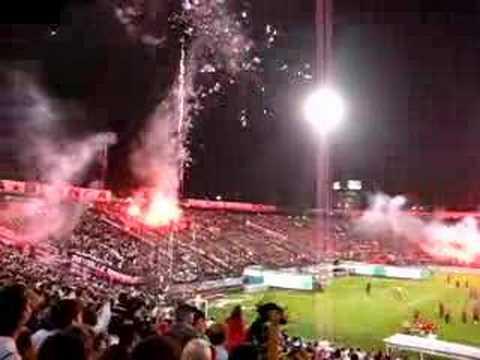 """""""Salida Colo-Colo v/s Boca Juniors"""" Barra: Garra Blanca • Club: Colo-Colo"""