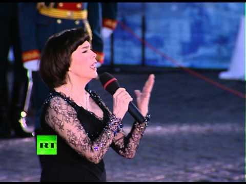 Мирей Матье поёт Гимн России
