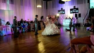 Beauty and the Beast - Ariana Grande & John Legend / Quinceañera Vanessa Vals