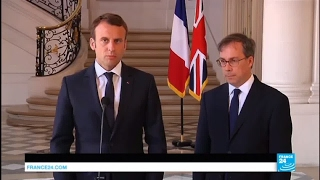 REPLAY - Emmanuel Macron exprime sa solidarité à l'égard du peuple britannique