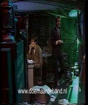 Doe Maar - De Bom (clip Top Pop)