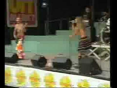 Red Hot Chili Peppers - Bullet proof (UITmarkt 1989)