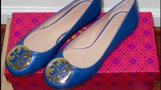 Carol TV | Unboxing: Tory Burch Reva Ballet Flat (Greek Blue/Gold)