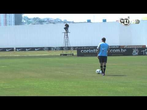 Martínez mostra sua 'tímida' habilidade no treino