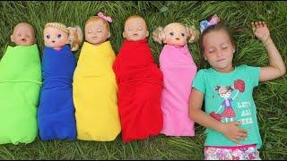 Sofia Pretend Play With Baby Dolls