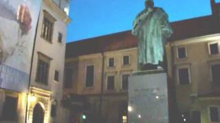 preview picture of video 'Kraków 2011 (42) Plac Wszystkich Świętych - pomnik Józefa Dietla'