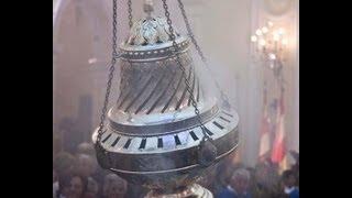 preview picture of video 'Lancio del Botafumeiro: l'incensiere più grande del mondo - Cava De' Tirreni (SA) - 2013'
