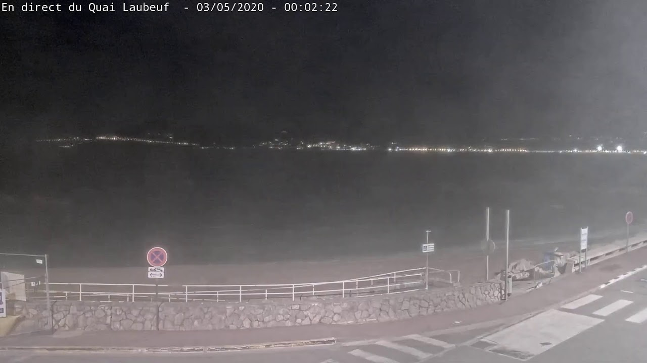 Webcam en direct de Cannes depuis le quai Laubeuf
