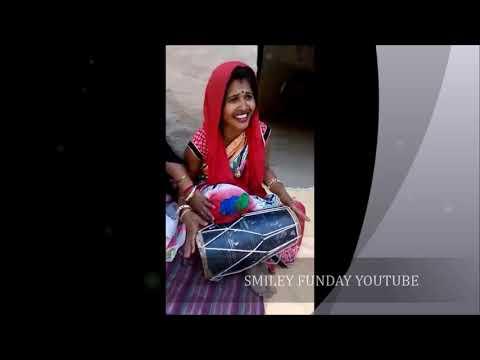 Street singer desi bhabhi sing beautiful song