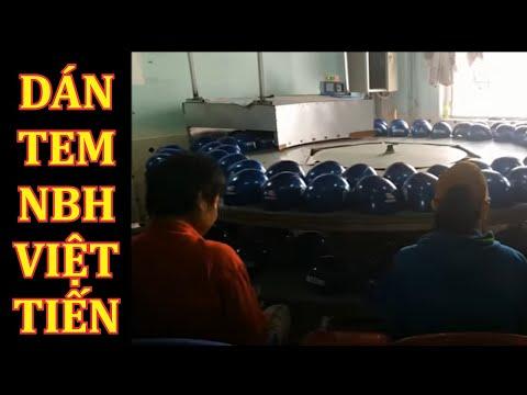 Dán tem nón Việt Tiến