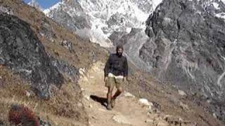 preview picture of video 'Walking the Himalaya'