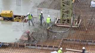 preview picture of video 'London November 1 2013 Building Site at 132 Green Lanes Hackney London N16 9EG'