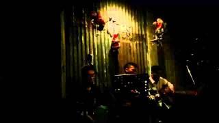 Tôn Cafe - Nấc Thang Lên Thiên Đường (Acoustic Cover)