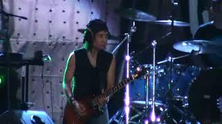 Kelakuan Toto Tewel  Memperkosa Gitar