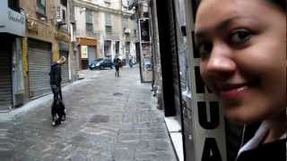 preview picture of video 'Genoa, Italy - walking through the old town of Genoa'