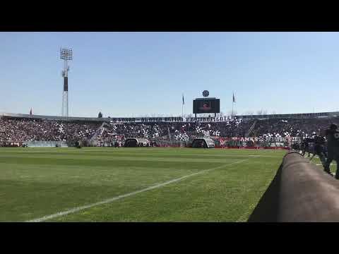 """""""COLO-COLO VS UDECHILE (salida desde la chancha)"""" Barra: Garra Blanca • Club: Colo-Colo"""