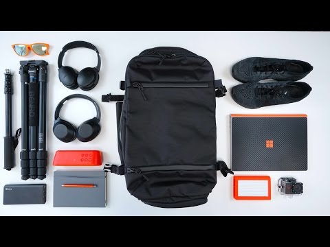THE ULTIMATE TECH TRAVEL BAG – Ep. 10