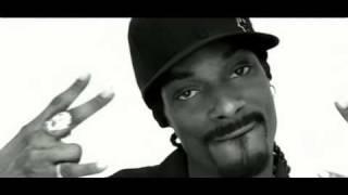 Pharrell & Snoop Dogg - Drop It Like It's Hot