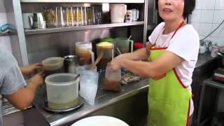 preview picture of video 'Pork Noodles, P2, Kedai Makanan Mee Sun, Food Hunt, Gerryko Malaysia'
