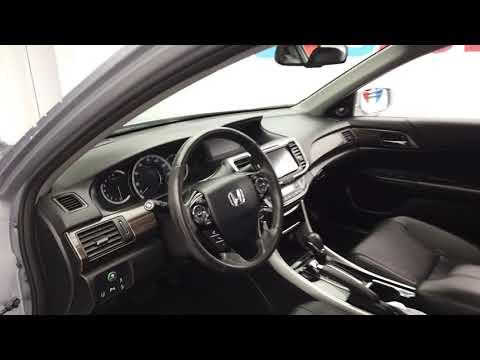 Pre-Owned 2017 Honda Accord Sedan 4D Touring V6